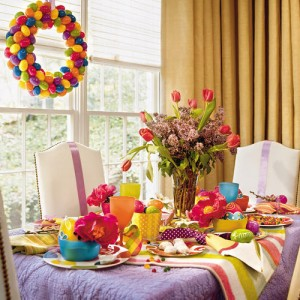 Very Attractive Easter Table Decorations Idea